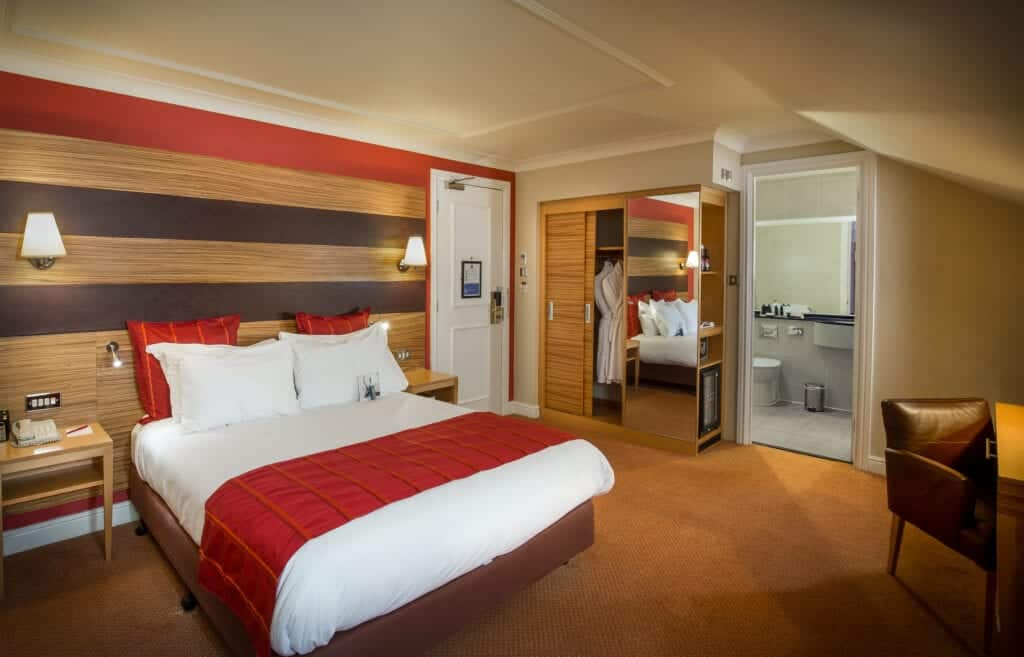crowne plaza hotels chester city centre hotels classic bedroom