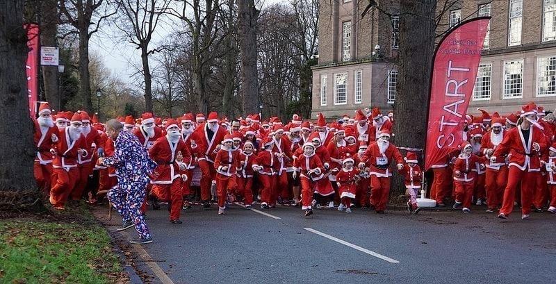Chester Santa Dash Start Family Charity Chester.com .jpg