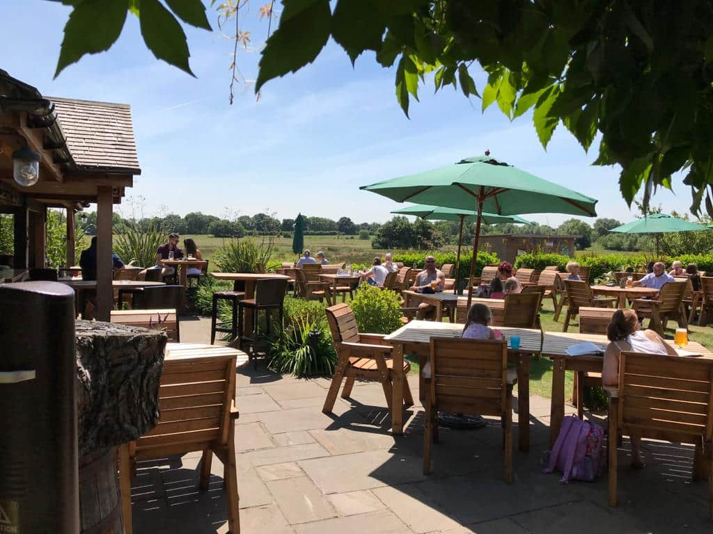 the chester fields country pub restaurant and wedding venue