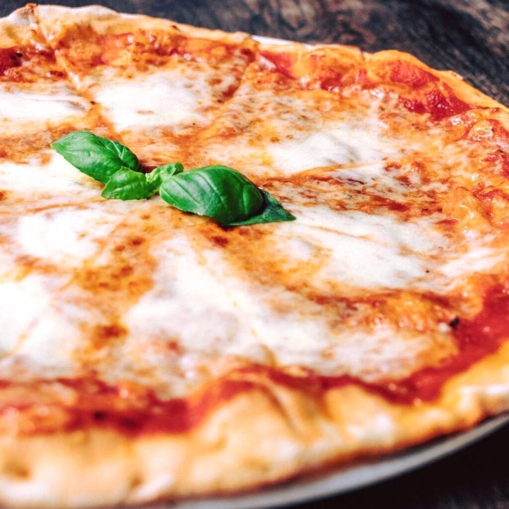 Venno Italian Wine Bar Pizzajpg Scaled.jpg