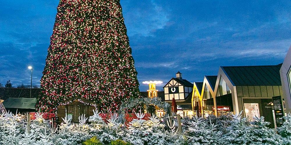 Cheshire Oaks Christmas Tree