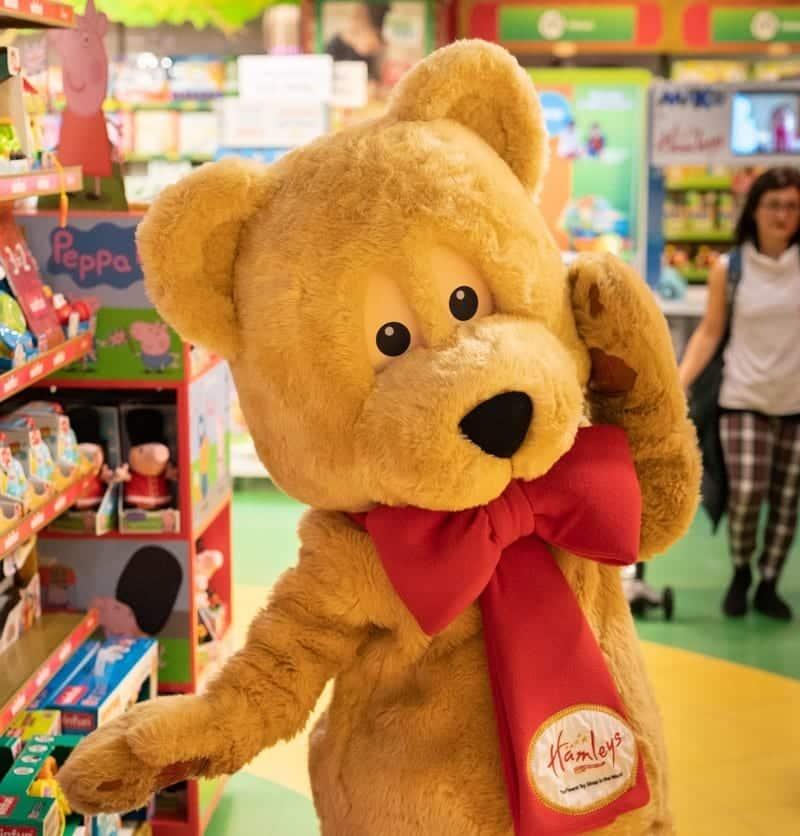 Cheshire Oaks Designer Outlet Hamleys Pop Up Christmas Store