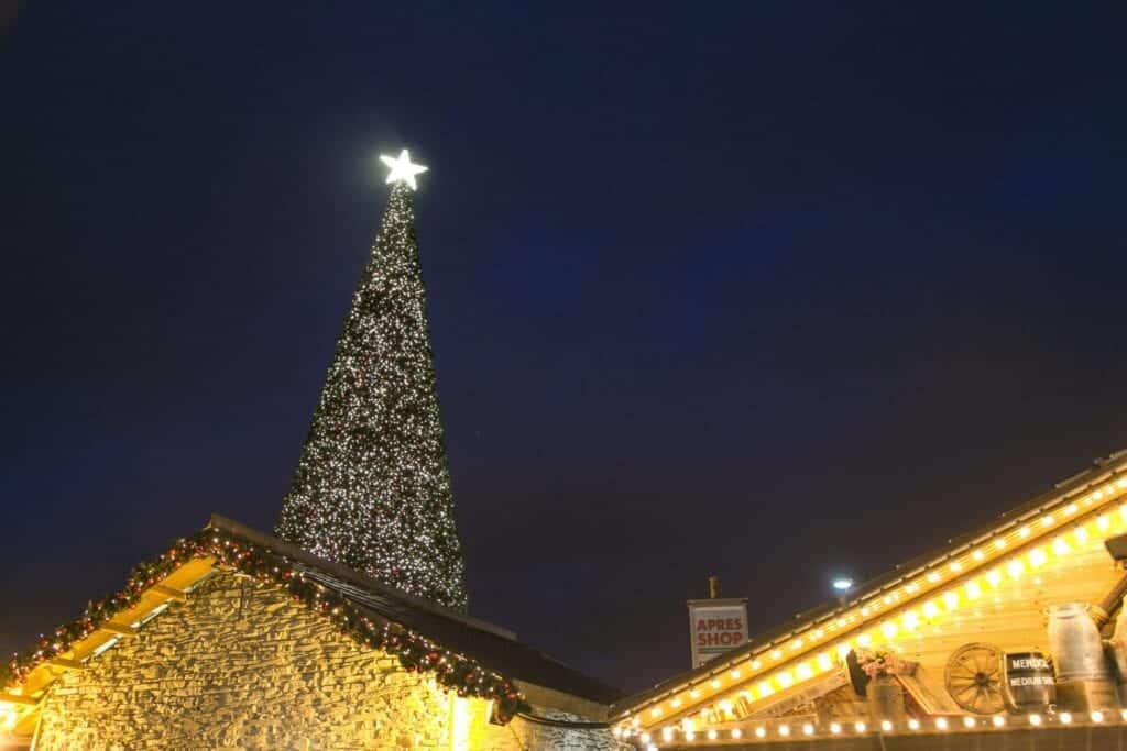 Cheshire Oaks Santa Christmas Tree Scaled.jpg