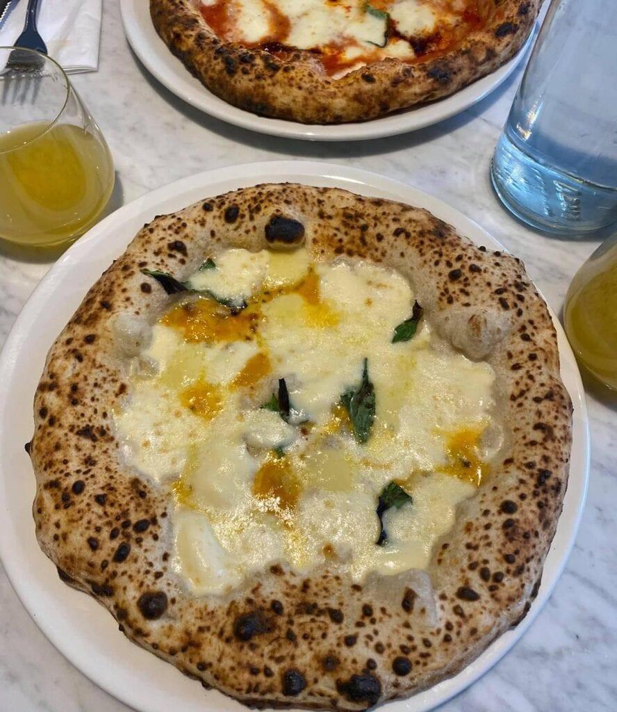 Stile Napoletano Pizzeria Pizzas
