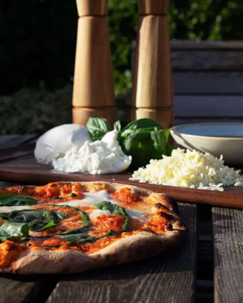 Oak And Smoke Pizza Margherita