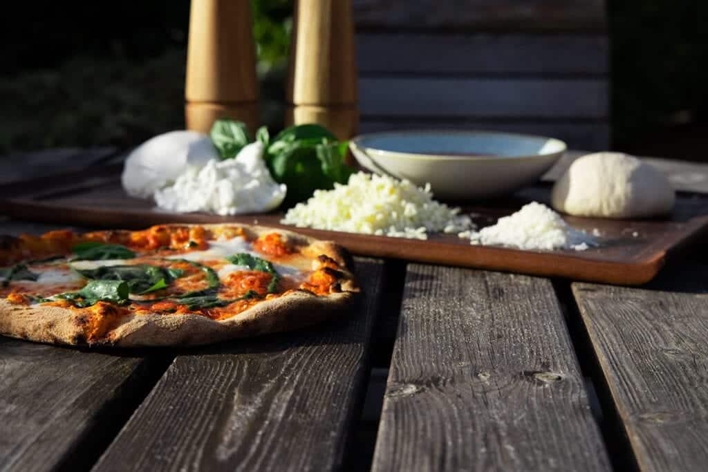 Oak And Smoke Pizza Margherita Pizza