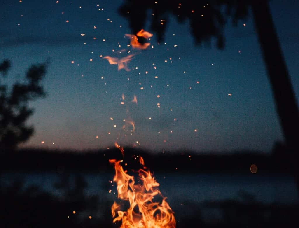 Oak And Smoke Fire