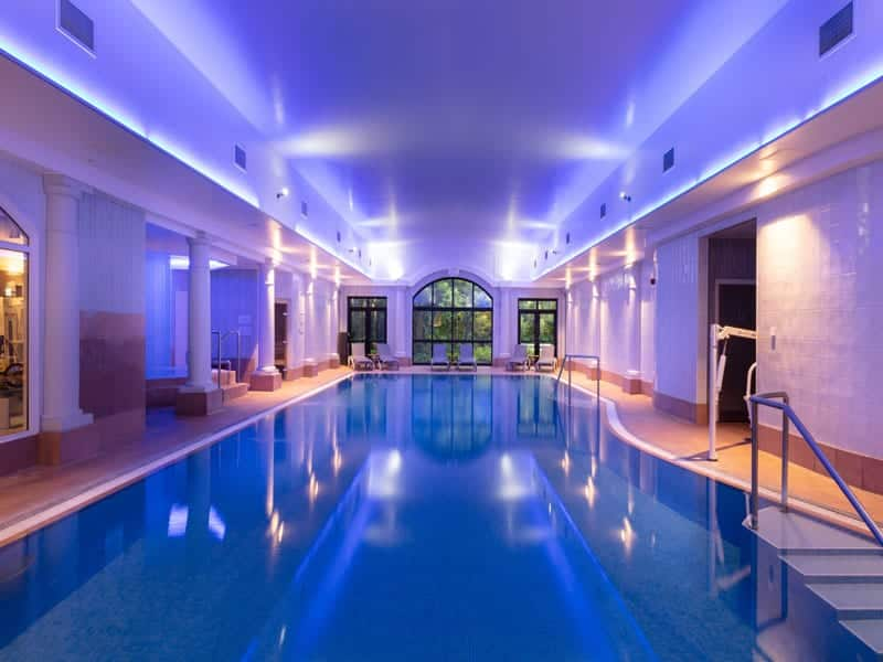 crabwall manor swimming pool
