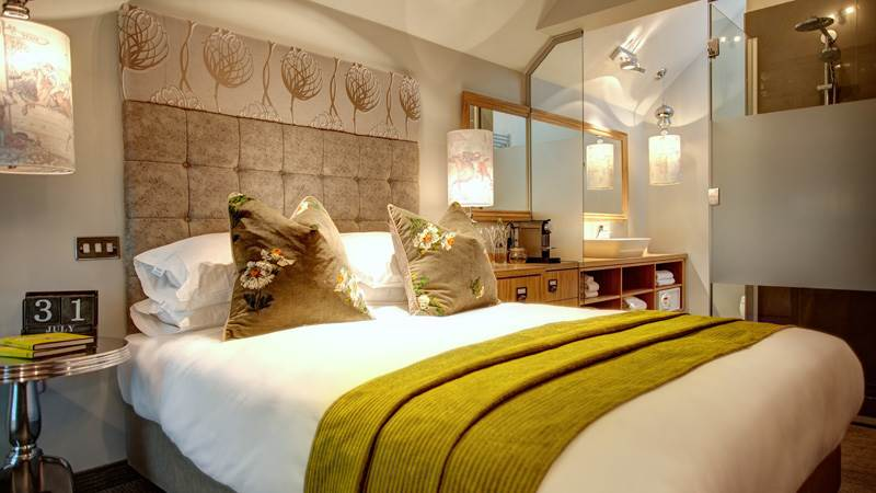 oddfellows hotel bedroom chester