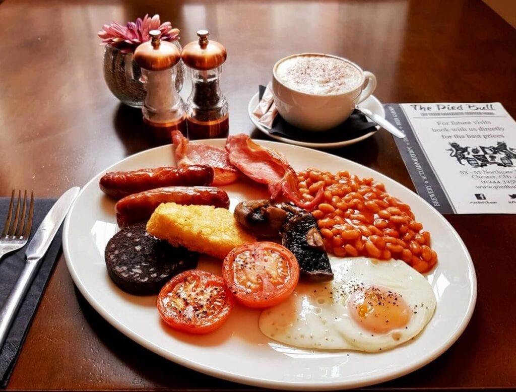 the pied bull chester full english breakfast