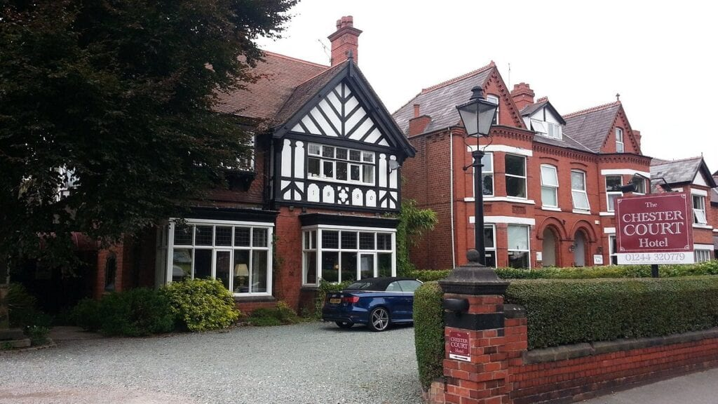 chester court hotel hoole road chester