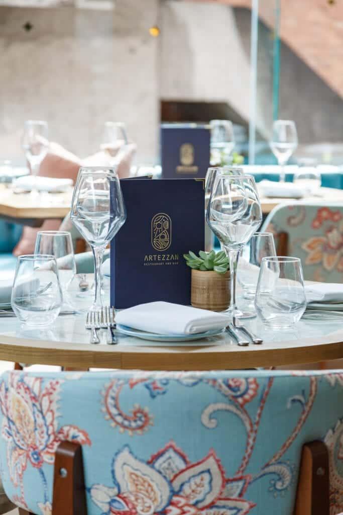 artezzan restaurant bar