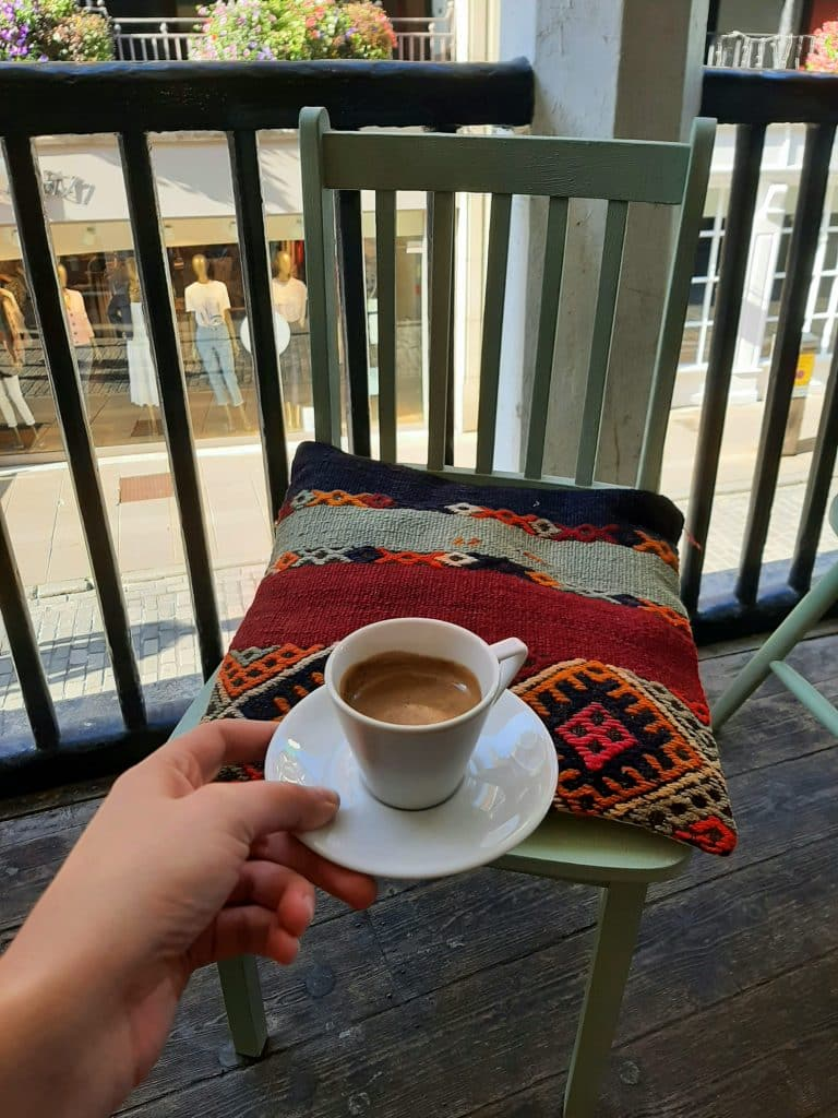 pars kahve coffee on chester rows