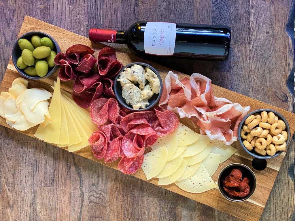 veeno wine and nibbles